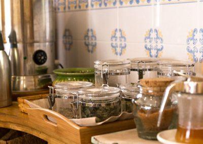 La cuina a Cal Vilanova - el mostrador del menjador